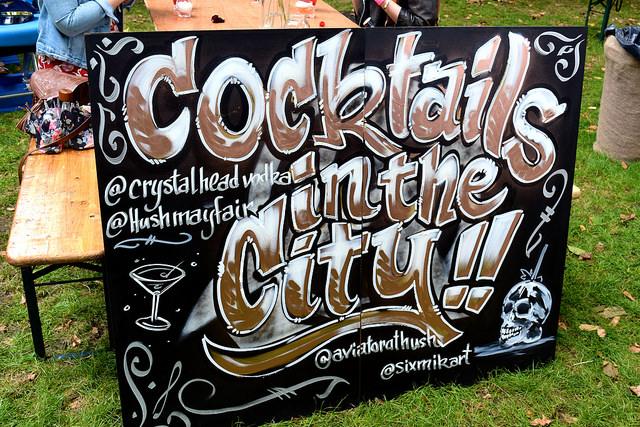 Graffiti at Aviation Bar, Cocktails in the City | www.rachelphipps.com @rachelphipps