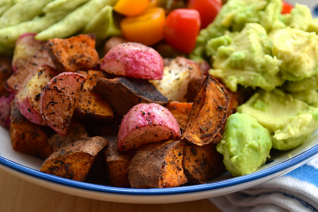 Vegan Mexican-style Roasted Sweet Potato, Radish & Tomato Bowl | www.rachelphipps.com @rachelphipps