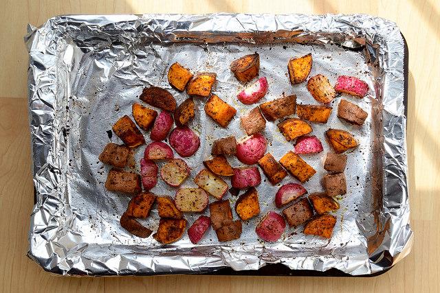 Mexican-style Roasted Sweet Potato & Radishes | www.rachelphipps.com @rachelphipps
