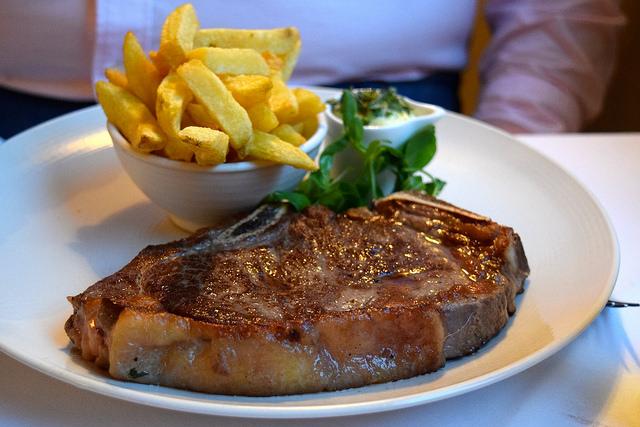 Steak & Chips at The Gun, Docklands