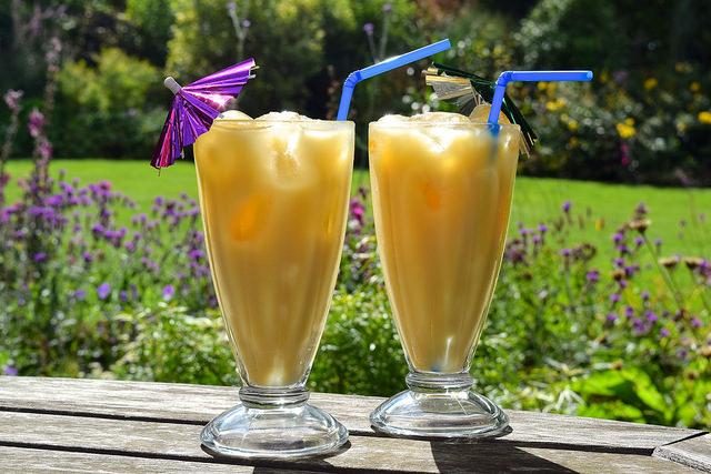 2-Ingredient Pina Coladas | www.rachelphipps.com @rachelphipps