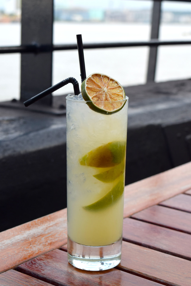 English Garden Cocktail at The Gun, Docklands | www.rachelphipps.com @rachelphipps