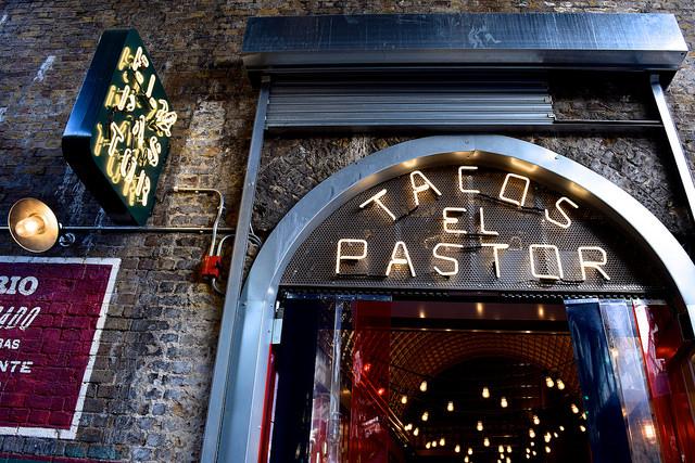Tacos El Pastor at Borough Market | www.rachelphipps.com @rachelphipps
