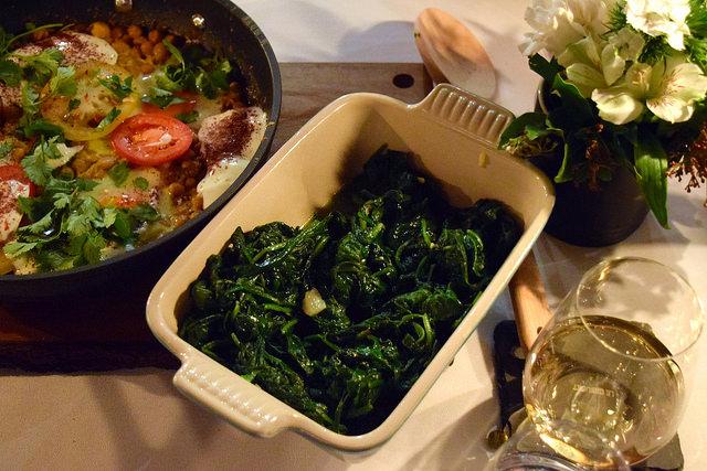 Garlic Spinach | www.rachelphipps.com @rachelphipps