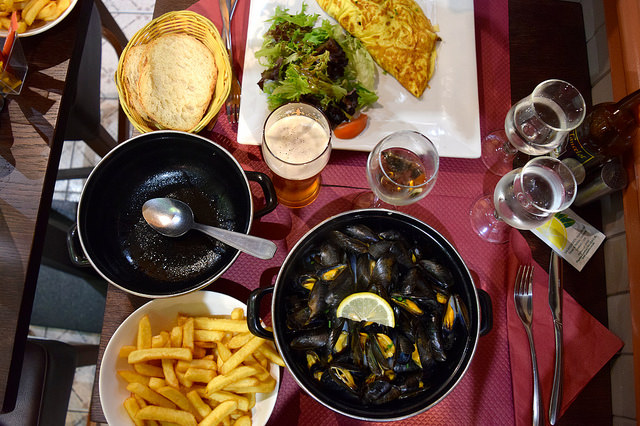 Traditional Breton Lunch at St. Malo | www.rachelphipps.com @rachelphipps