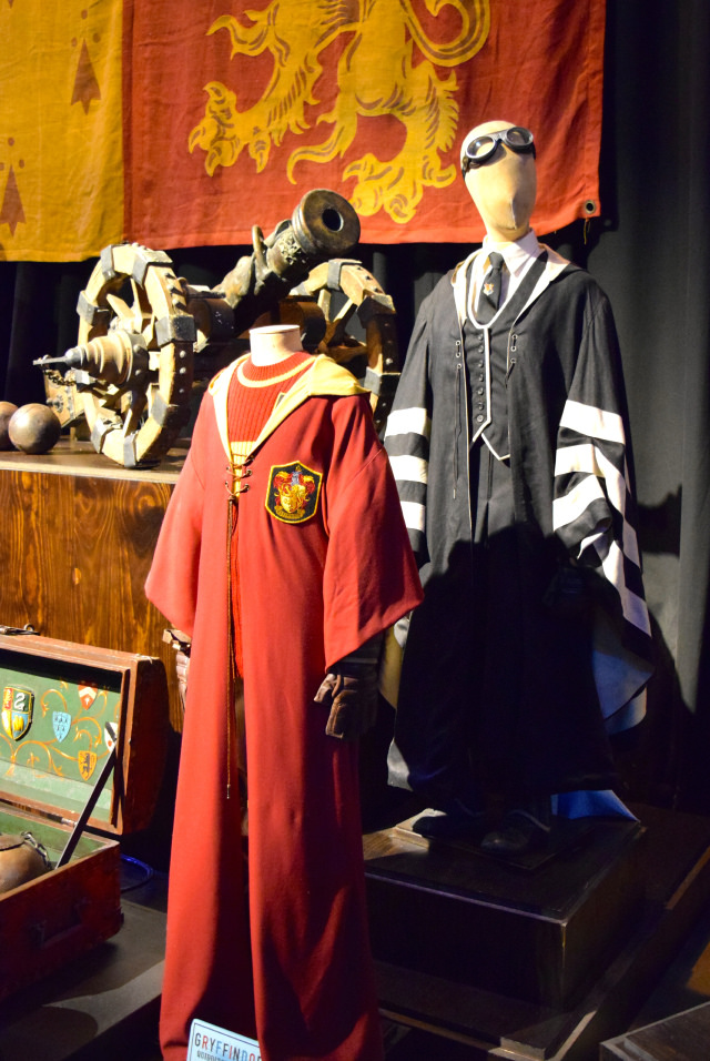 Quidditch Robes at the Harry Potter Studio Tour, London | #harrypotter www.rachelphipps.com @rachelphipps