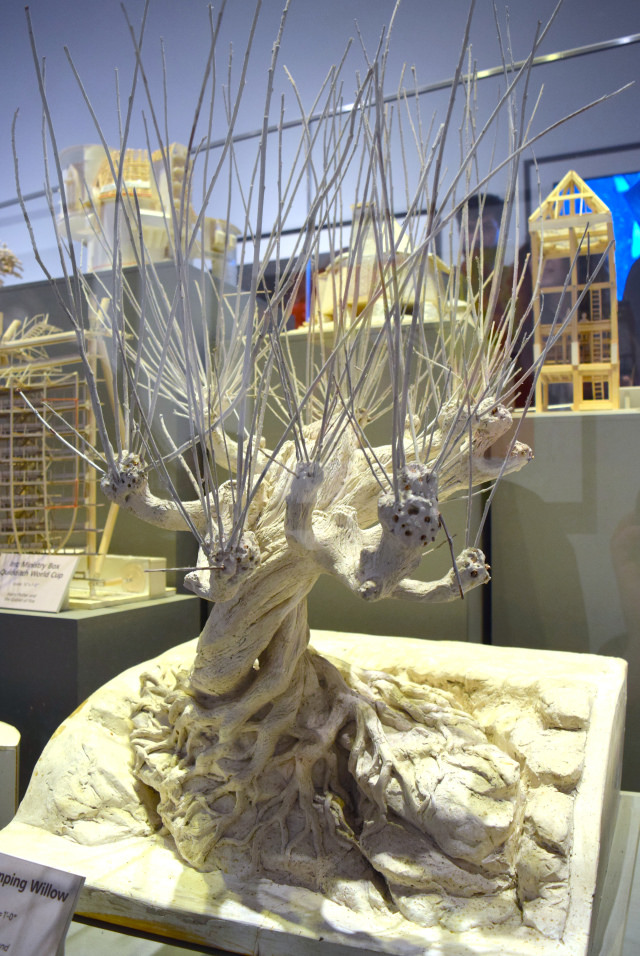 The Whomping Willow at the Harry Potter Studio Tour, London | #harrypotter www.rachelphipps.com @rachelphipps