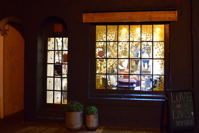 The Living Lounge Christmas Windows, Canterbury #christmas