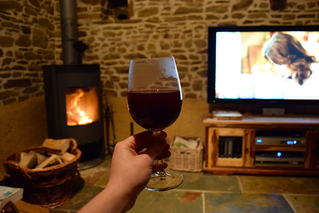 Mulled Wine & Nigella's Christmas Special By the Fire #christmas #mulledwine