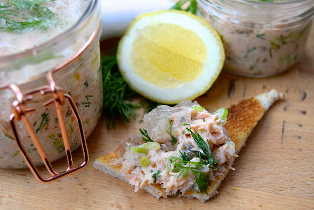 Festive Salmon Terrine #christmas #salmon #terrine #gin