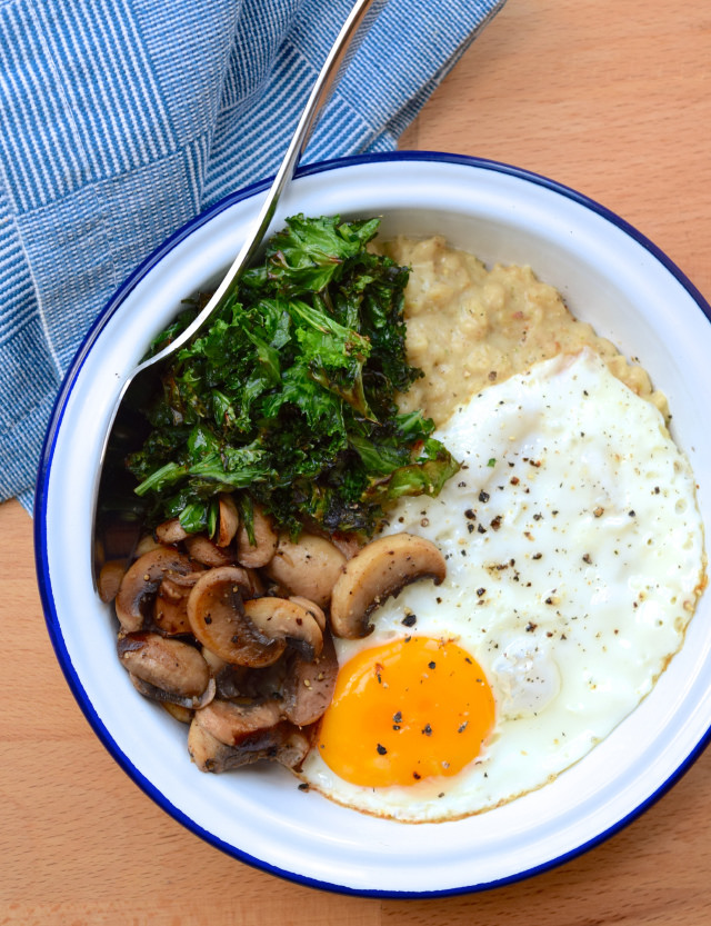 Savoury Miso Porridge with Mushrooms and Crispy Kale #porridge #oatmeal #miso #japanese #kale #egg #mushroom #weeknight #dinner #vegetarian