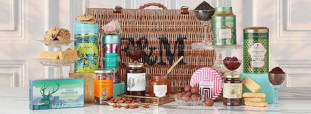 The Fortnums Express Hamper #fortums #mothersday #hamper