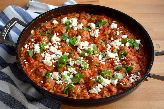 One Pan Greek Lamb Meatballs & Orzo with Feta #lamb #meatballs #greek #feta #orzo #onepan #onepot #winner