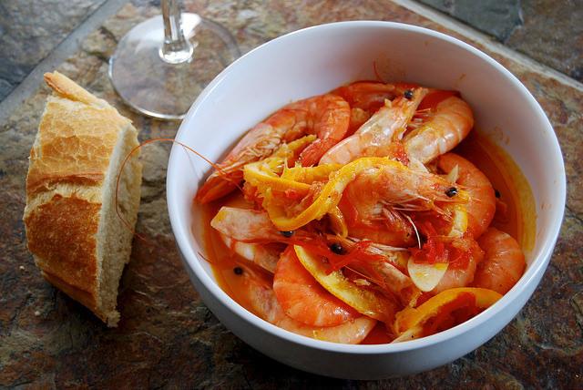 Prawns in Orange, Tomato & Cardamom #prawns #shrimp#tomato #orange #cardamom #weeknight