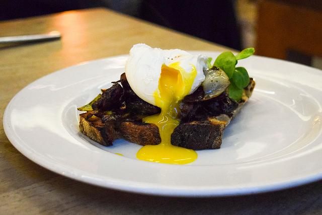 Leek, Mushroom & Poached Egg on Sourdough at the Table Cafe, Southbank #egg #poachedegg #leek #sourdough #london