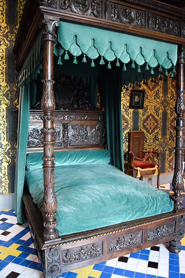 Catherine de Medici's Death Bed at Château de Blois #loire #france #chateau #travel
