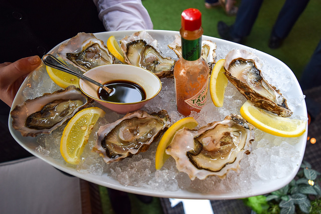 Oysters at The Royal Horseguards Hotel's Secret Herb Garden #oysters #gingarden #pubgarden #hotel #london
