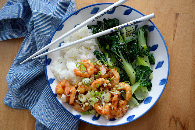 Korean Prawn Rice Bowl with Sesame Pak Choi #korean #prawns #shrimp #rice #ricebowl #bowlfood #sesame #pakchoi