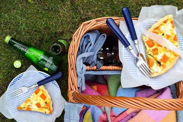 Sweet Potato, Red Onion, Spinach and Feta Quiche #quiche #picnic #feta #summer #sweetpotato #spinach