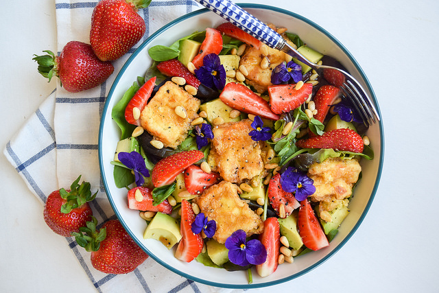 Fried Feta and Strawberry Salad with Avocado #salad #feta #friedfeta #greek #cheese #strawberry #avocado