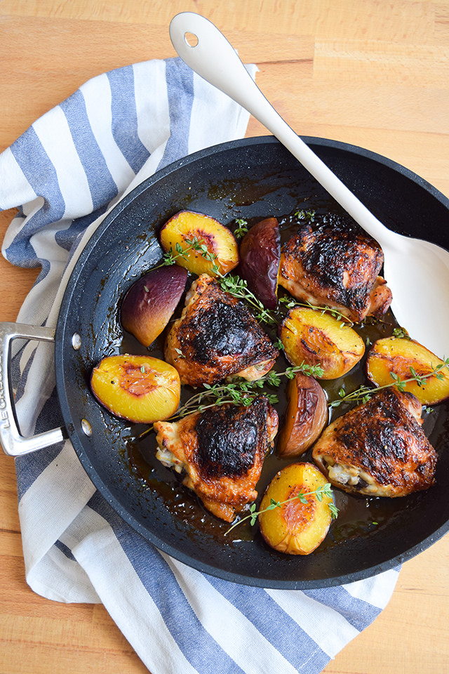 Chicken with Honey, Peaches & Thyme #chicken #honey #peaches #thyme #dinner #summer #onepan #weeknight #lecreuset